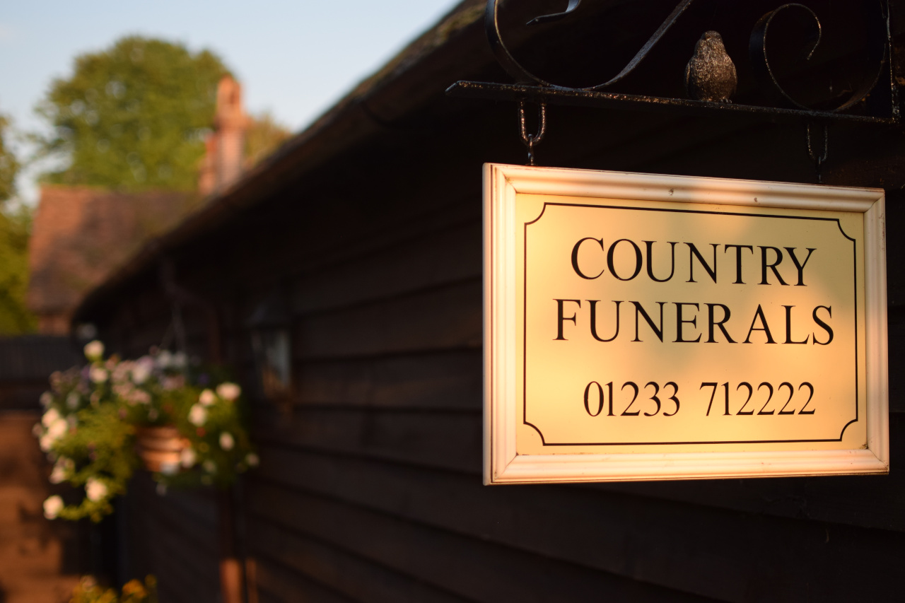 Country Funerals Ashford Sign